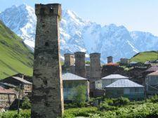 Wehrtürme in Uschguli (© TTC)