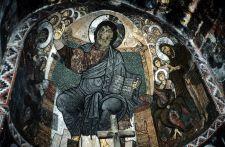 Raum sprengende Fresken in der Georgskirche von Nakipari (© HS)