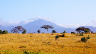 Landschaft im Tsavo Ost National Park in Kenia