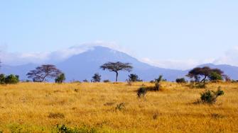 Landschaft im Tsavo Ost National Park in Kenia