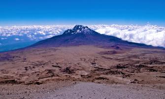 Über den Wolken auf dem Kilimanjaro in Tansania.