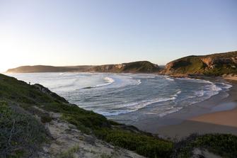 Bucht von Plettenberg Bay in Südafrika