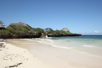 Badeurlaub am Strand in Mombasa in Kenia