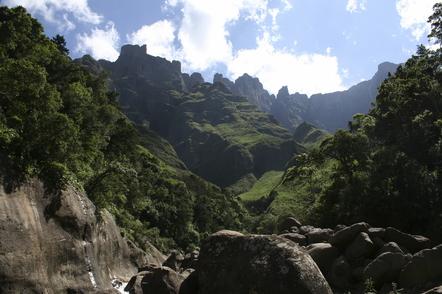 Suedafrika Gruppenreise - Suedafrika Kleingruppenreise -Berglandschaft - Royal Natal National Park - Suedafrika