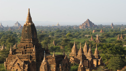 Myanmar Individuell -Tal der 1000 Tempel - bei Bagan - Myanmar